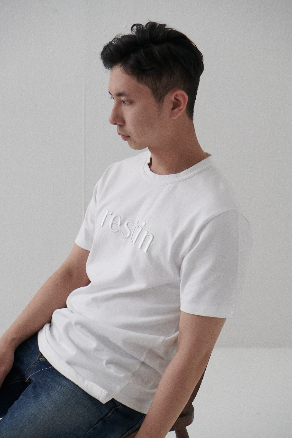 EMBROIDERED RESTIN TEE
